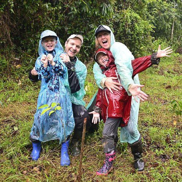Family Volunteering in Borneo