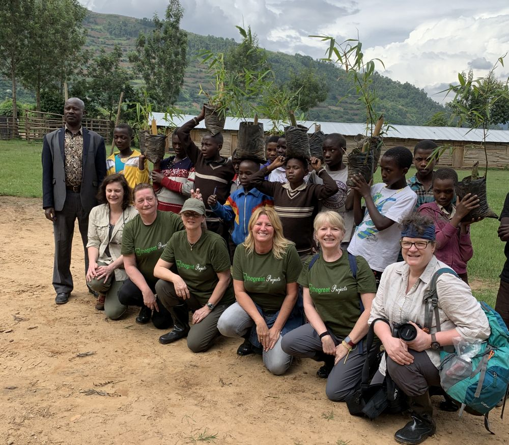 Volunteers on The Great Gorilla Project